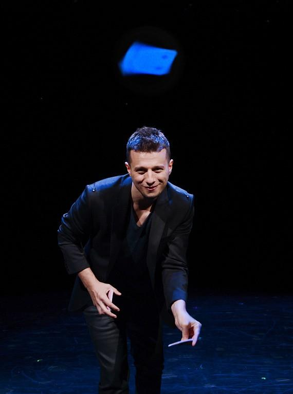 Mat Franco performs in Magic Reinvented Nightly