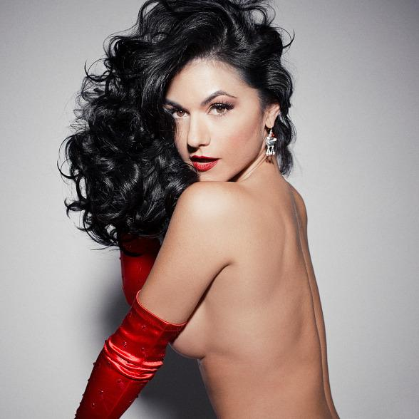 """Melody Sweets' Sizzling New Holiday Music Video """"Santa Maybe…"""" Available Now"""