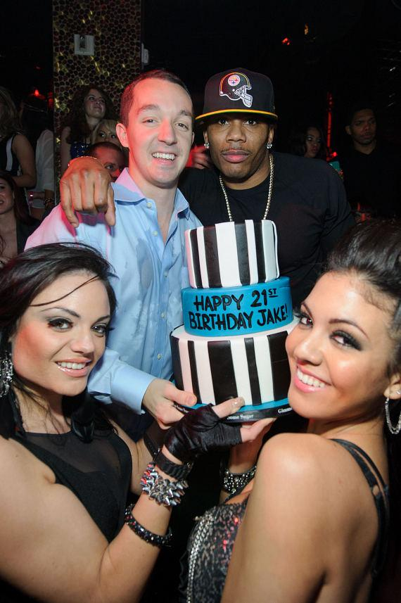 Nelly helps his friend Jake celebrate 21st birthday at TAO
