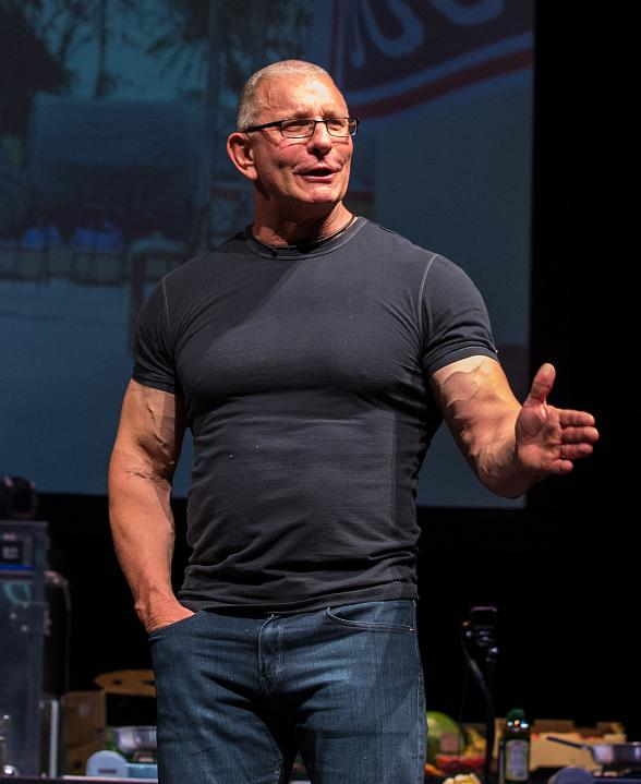 """Tropicana Las Vegas to Host Second Annual """"Summer Cookout Featuring Robert Irvine"""" on June 14"""