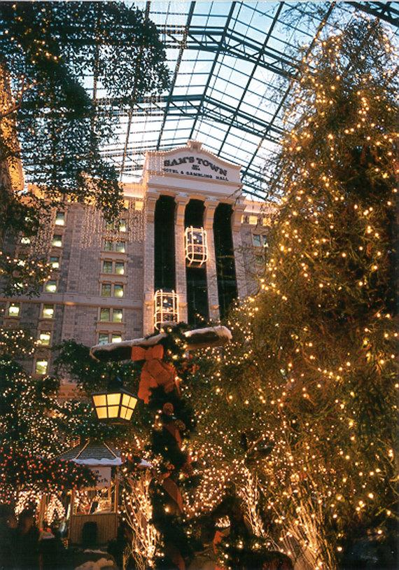 Sams Town Transforms Into Magical Winter Wonderland Nov