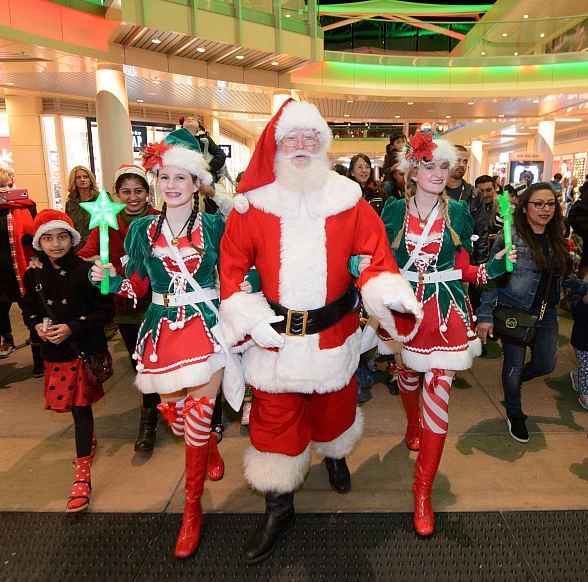 Downtown Summerlin Kicks-Off the Holiday Season with Second Annual Holiday Parade and Tree Lighting Ceremony Hosted By U.S.A. Bmx Gold Medalist Connor Fields
