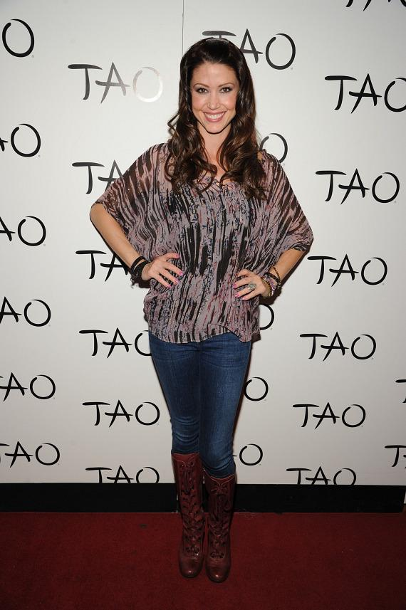 Shannon Elizabeth on red carpet at TAO