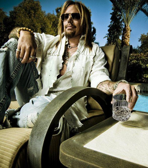 Mötley Crüe Front Man Vince Neil Partners with Vegas Restaurateurs to Bring His Tatuado Brand to Circus Circus