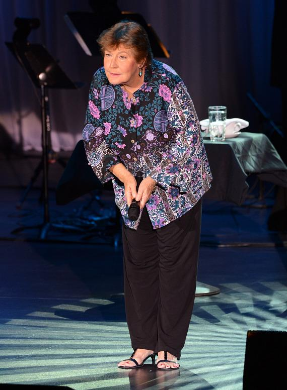 Helen Reddy performs at The Orleans Showroom