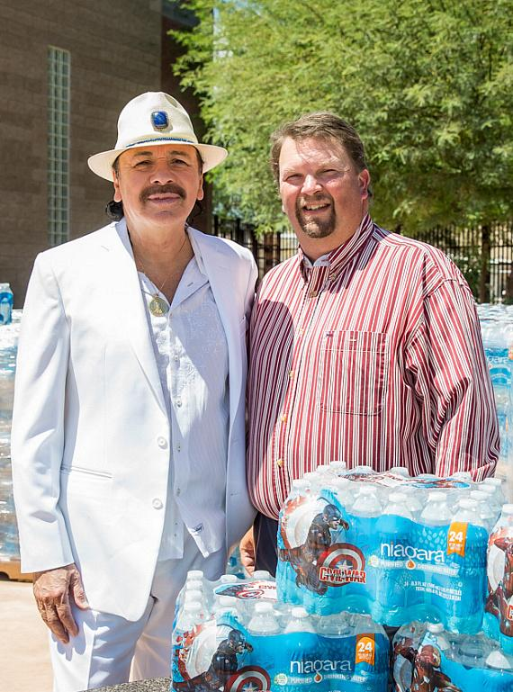 Carlos Santana with John Fogal, Director of Program Services & Community Relations, Las Vegas Rescue Mission