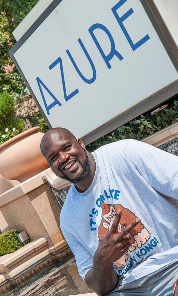 Azure Luxury Pool at The Palazzo Las Vegas Welcomes Back Superstar Shaquille O'Neal