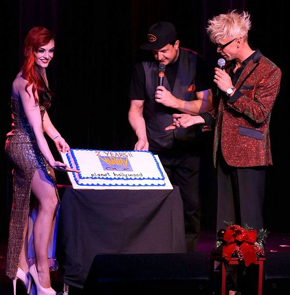 April and Lefty surprise Murray with a 2-year anniversary cake for his show at Planet Hollywood