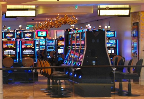 Are there any smoke free casinos in vegas casino royal lorret