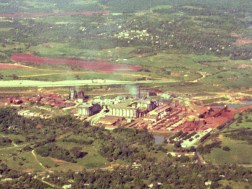 Bauxite mine and refining in Jamaica