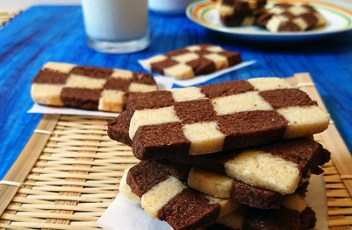 Eggless Checkerboard Cookies recipe by www.vegetariantastebuds.com