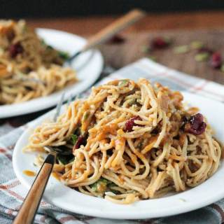 Spaghetti with Spinach and Cranberries
