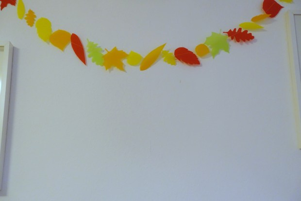 autumn leaves garland