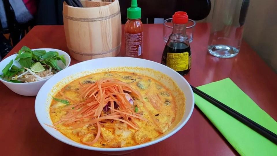 Best Vegan Vietnamese Food in Paris at La Palanche d'Aulac