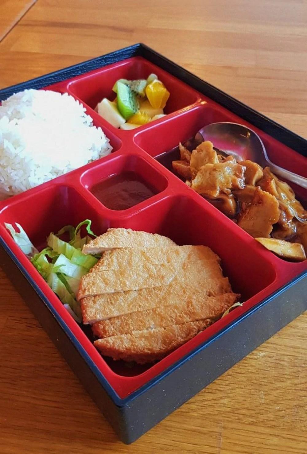 Vegan Daily Bento Box at Vegebowl in Paris