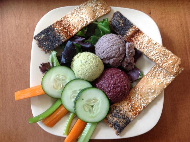 Gaia's Hummus, Bean & Tapenade Plate
