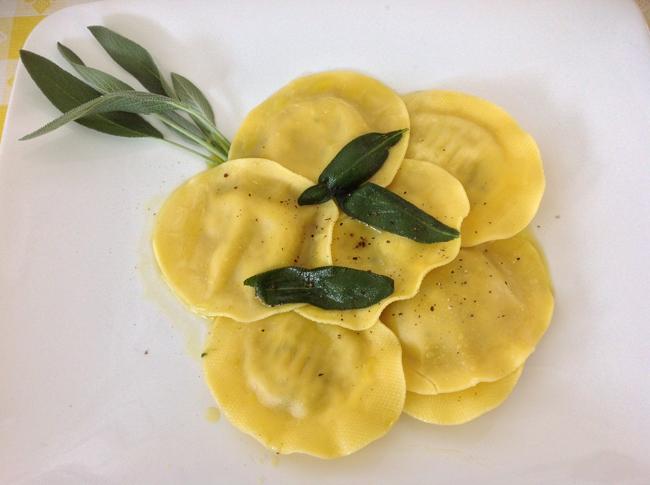 Ravioloni Truffle & Porcini