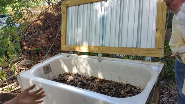 European Street Café Worm Composting