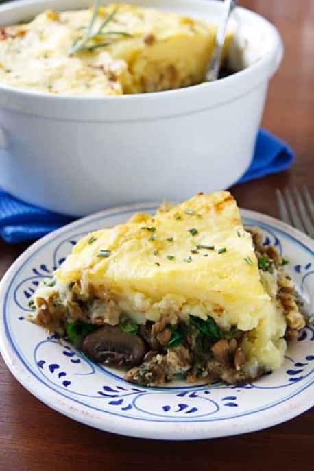 vegan lentil and mushroom shepherd's pie