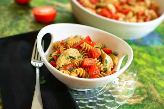 pasta with fresh summer tomatoes and artichoke hearts