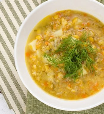 Split pea soup with vegetables and barley