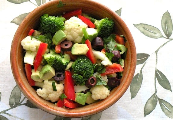 Marinated broccoli and cauliflower salad