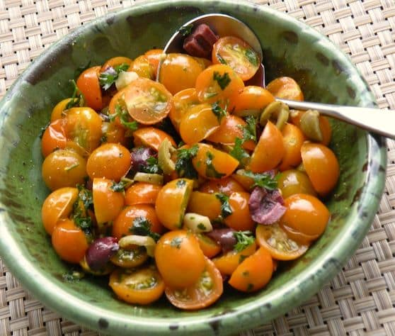 Golden tomatoes with garlic and parsley recipe