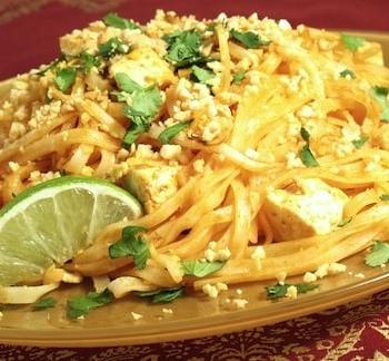 Vegetable and tofu pad thai