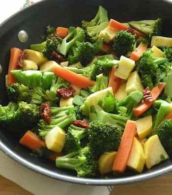 Broccoli, carrot, and squash sauté