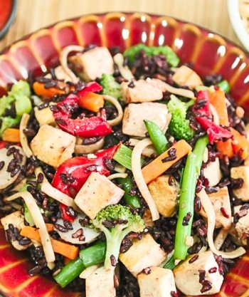 Black rice and vegetable stir-fry2