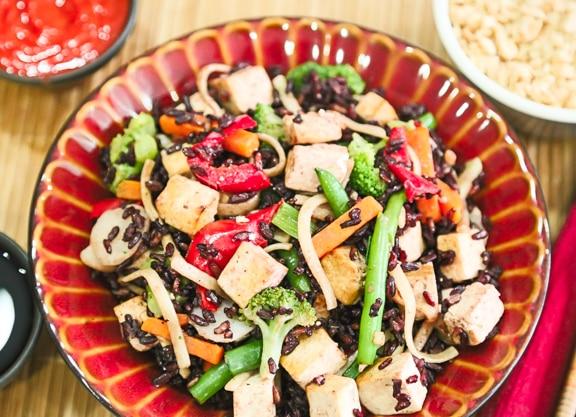 Black rice and vegetable stir-fry2