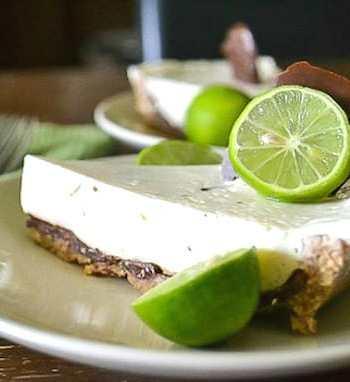 Chocolate-coated vegan key lime pie recipe
