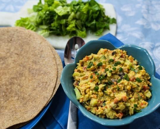 Chickpea chopped salad