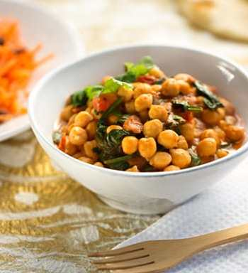 15-minute Chickpea masala dinner