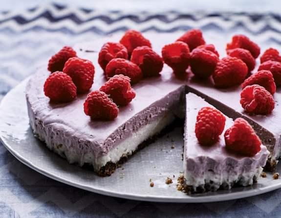 Vanilla Raspberry Vegan Cheesecake