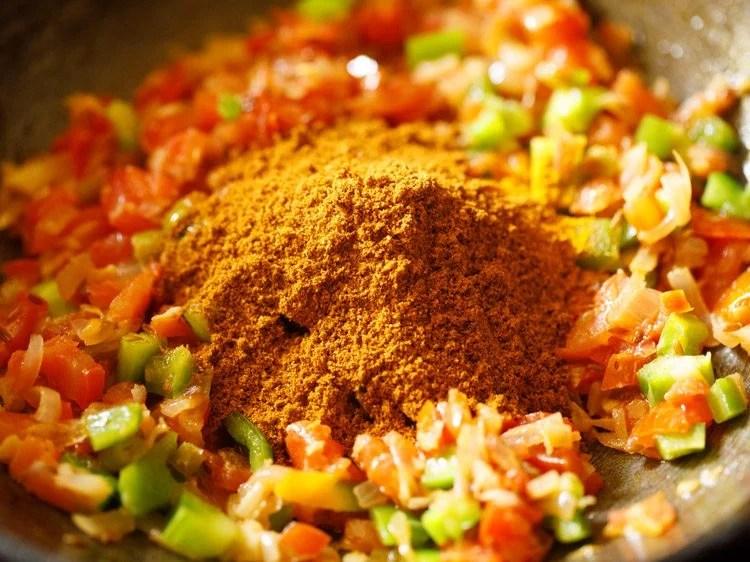 making Mumbai pav bhaji recipe
