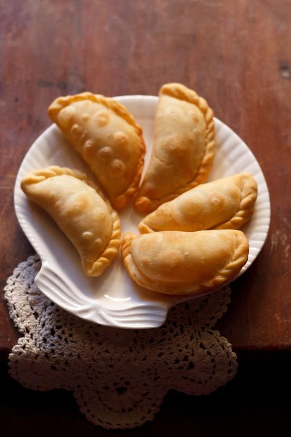 Karanji Recipe How To Make Maharashtrian Karanji Recipe