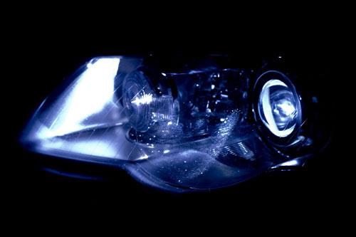 perché le lampadine per auto si fulminano