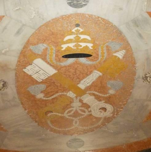 simboli-papali-duomo-verona.1024