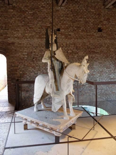 mastino-II-statua-equestre.1024
