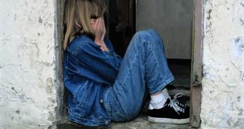 bití dětí v Anglii