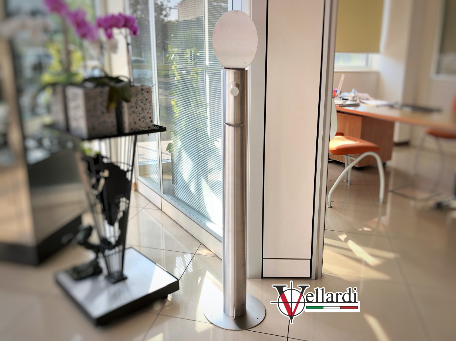 Colonna dispenser Gel Vellardi