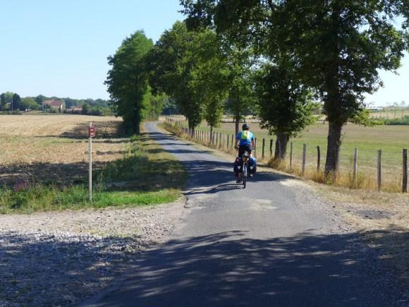 Einsam, ruhig, schön: Landschaft in den Dombes, dem Seengebiet südwestlich von Genf.