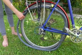 Der Gaadi-Schlauch kann eingelegt werden, ohne das Rad auszubauen.