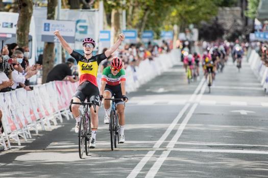 Lotte Kopecky wins final stage as Annemiek van Vleuten secures overall Challenge by La Vuelta
