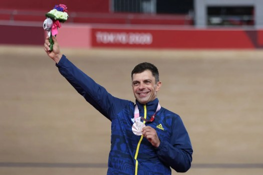 Meet the Paralympic cyclist who is also a Romanian government official
