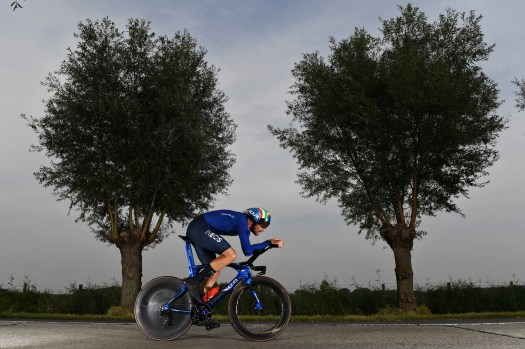 World championships time trial: Filippo Ganna defends rainbow after close battle with Wout van Aert