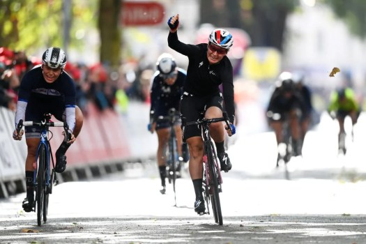 Women's Tour: Amy Pieters wins stage 2, Clara Copponi moves into race lead