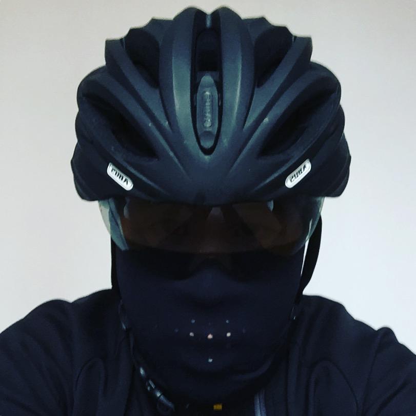 Into Darkness – Als Rennradfahrer in die Dunkelheit