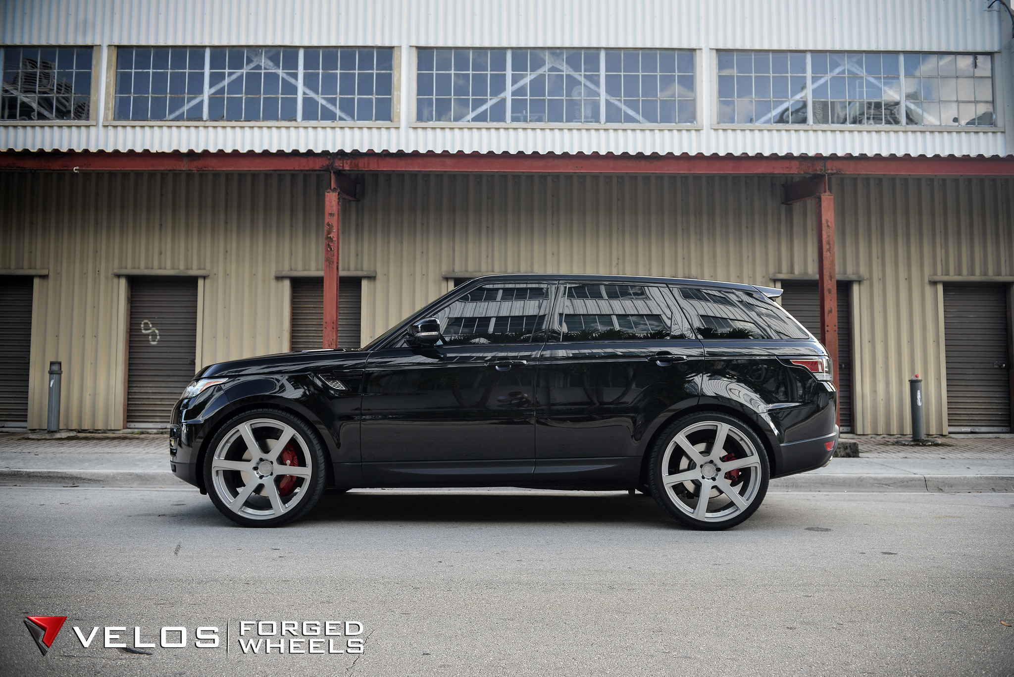 2015 Range Rover Sport Supercharged on Velos Solo VI Forged Wheels